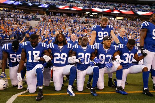 TV ratings mixed amid NFL national anthem protests