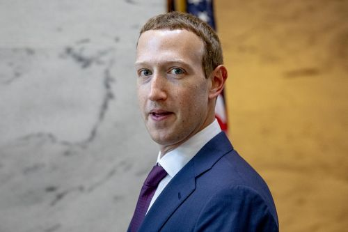 Mark Zuckerberg courts the powerful in D.C