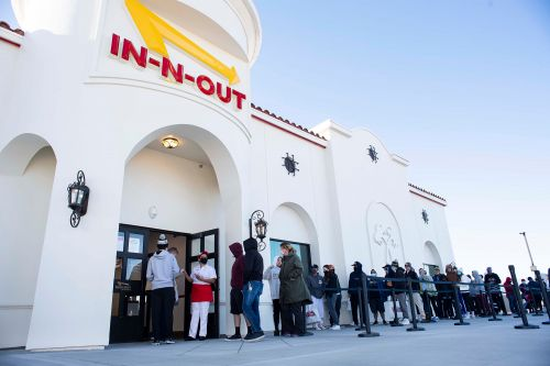 Massive 14-hour line forms as Colorado gets first In-N-Out Burger joints