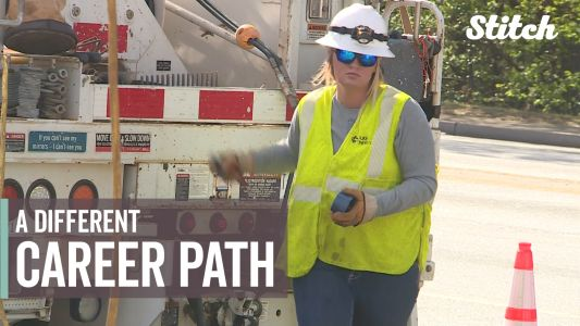 'Women don't know it's an option': Female lineman hopes more girls enter trade field