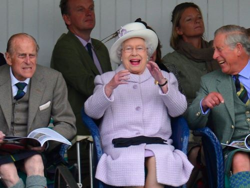 67 pictures from every single year of Queen Elizabeth II's record reign