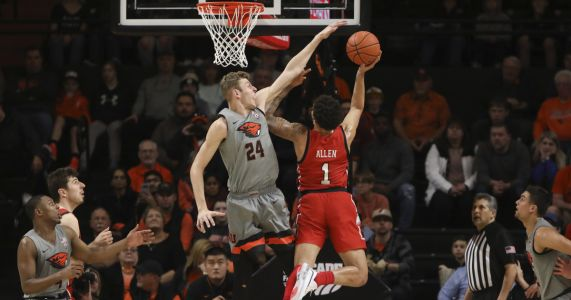 Kelley scores 16 points, leads Oregon State over Utah 70-51