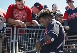 Indians star Ramirez hurts knee, opening day status unsure