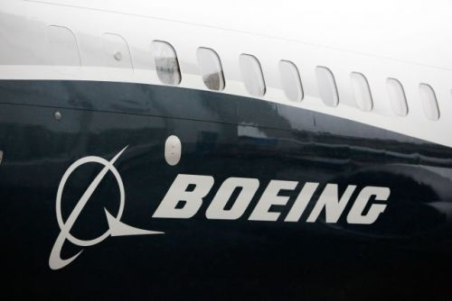 In shot at Boeing, $19B competition to build new fighter jets will penalize companies that harm Canada's economy
