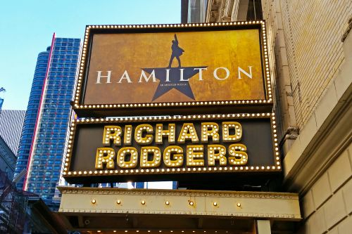 NYPD officer helps family score tickets to 'Hamilton'