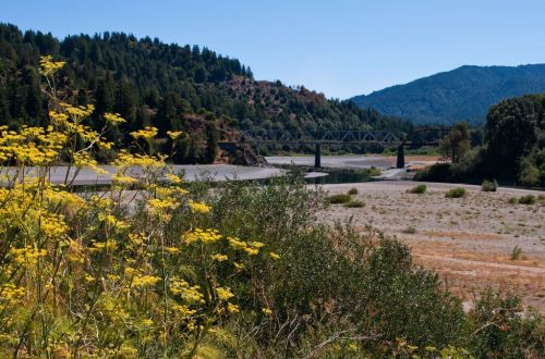 Dying NorCal railroad could become world-class hiking trail