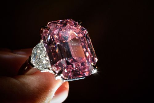 Pink diamond sells for over $50M, setting world record