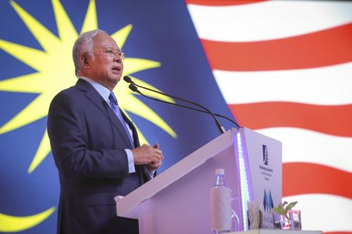 Malaysians are steamed after PM says he prefers quinoa to rice