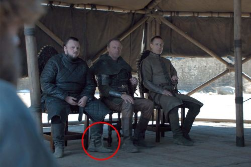 'Game of Thrones' finale: Water bottle spotted in yet another mistake