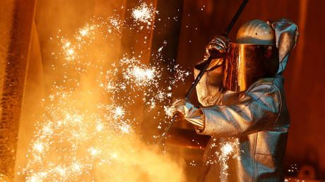 Cost of sanctions: German industry hit hard by anti-Russia measures, survey shows