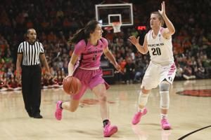 No. 12 Oregon State holds off No. 2 Oregon 67-62