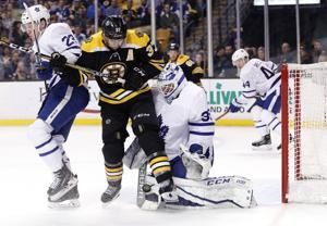 Bruins say Bergeron's status for Game 5 a game-day decision