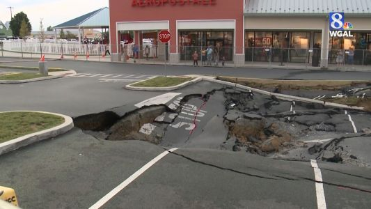Video shows Tanger Outlets sinkhole growing