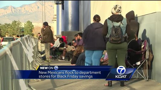 New Mexicans flock to department stores for Black Friday sales on Thanksgiving