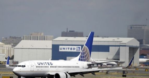 Travel Troubleshooter | United Airlines approved his colleague's refund - so why not his?