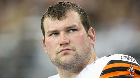 Ex-Brown Joe Thomas got ripped and people are freaking out