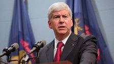 Outgoing Michigan GOP Governor Signs Bills Gutting Minimum Wage Hike, Paid Sick Leave