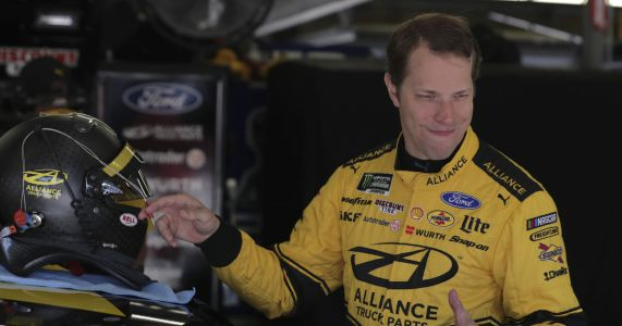 Brad Keselowski takes NASCAR Cup pole at New Hampshire