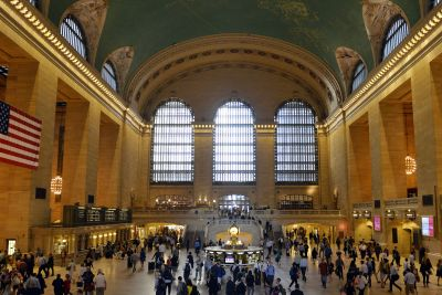 Man threatened with a knife by trio of robbers in Grand Central