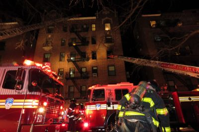 Several injured in Queens apartment fire