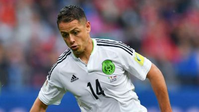 Chicharito completes West Ham move from Bayer Leverkusen