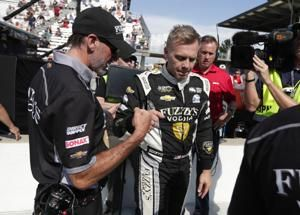 Carpenter takes top starting spot at Indy 500 for 3rd time