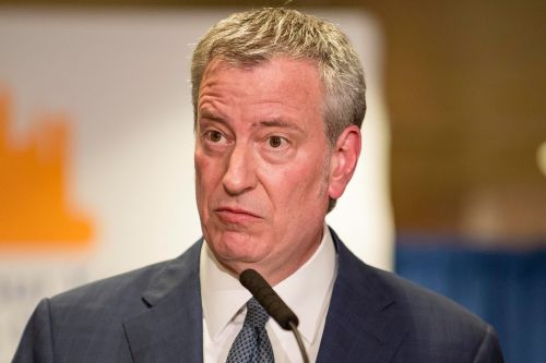 De Blasio calls for probe of taxi lenders following predatory loan report