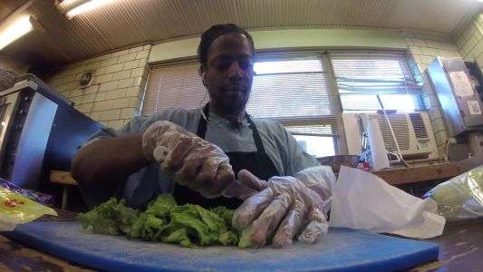 Gunshot victim training to become chef without sight, sense of smell