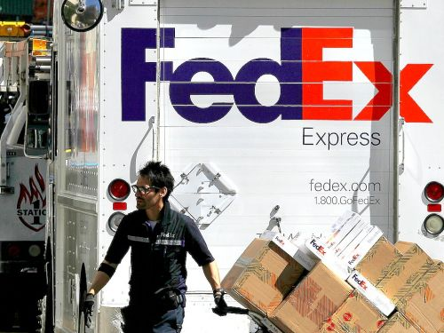 FedEx just slashed its 2019 forecast due to 'global economic certainty'