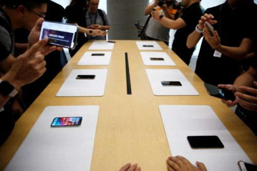 Apple reportedly cuts production orders for all 3 new iPhone models