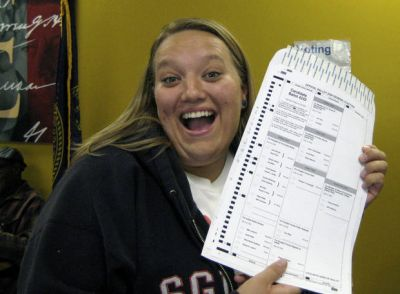 Posting a ballot selfie? Better check your state laws first