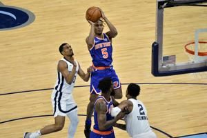 Randle, Rose lead Knicks to win over Grizzlies