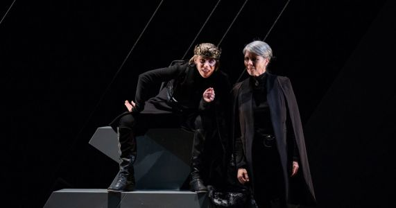 Bleak, sleek and fleet, 'Richard III' gets a blazing new staging, with an all-female cast