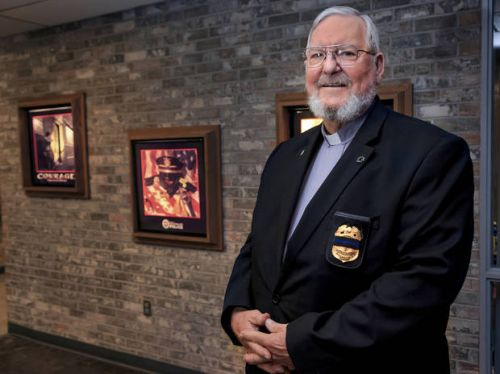 Retired Oklahoma City police lieutenant volunteers as chaplain