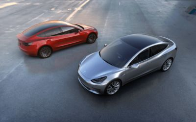 Tesla brings full-featured self-driving hardware to all its vehicles
