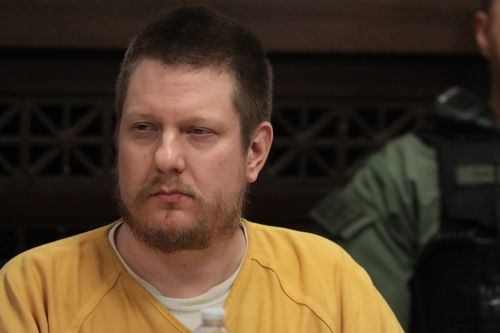 Jason Van Dyke gets nearly 7 years in shooting death of Laquan McDonald