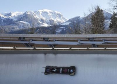 Canadian bobsleighers Jesse Lumsden, Justin Kripps redeem rough season with silver medal at worlds