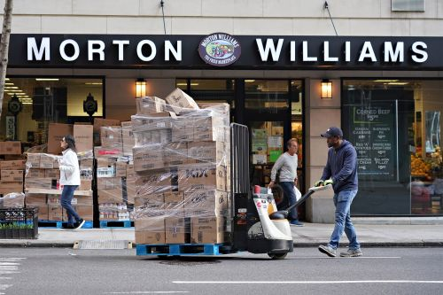 Why NYC grocery stores that cater to the rich are struggling amid coronavirus