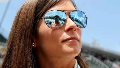 Danica Patrick's failure in 'clutch moments' to blame for NASCAR losses, says Kurt Busch