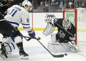 Tavares, speedy Maple Leafs race away from Kings in 5-1 rout