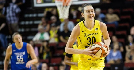 Breanna Stewart named USA Basketball's 2018 Female Athlete of the Year