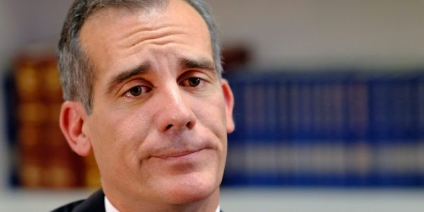 LA Mayor Eric Garcetti signs ordinance criminalizing homelessness following City Council vote in favor of it