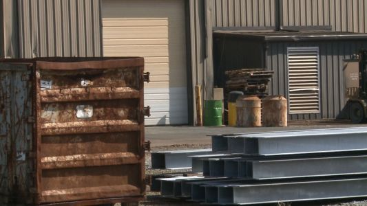 Worker dies of blunt impact injuries at Jeffersonville Business