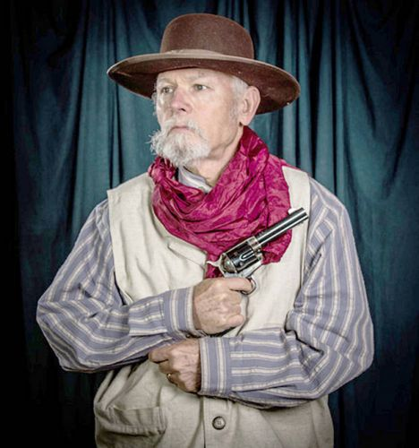 Re-enactor shares life of a drover at genealogy meeting