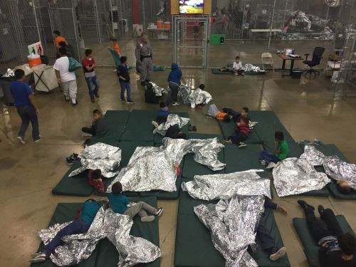 New GOP plan: Hold kids longer at border - but with parents