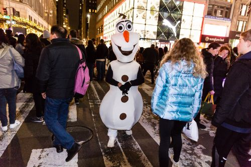 City rules apply to costumed characters only in Times Square: NYPD
