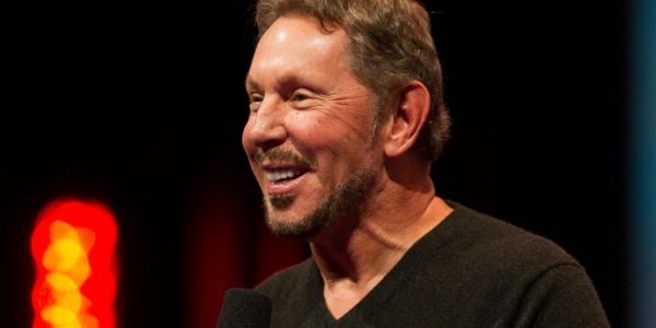 Oracle customers fear Oracle's reaction if they use Amazon's or Microsoft's cloud, survey shows