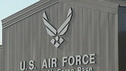 1 killed, 1 injured in crash of Air Force training jet