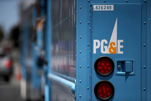 PG&E stock nosedives after it says it will file for bankruptcy