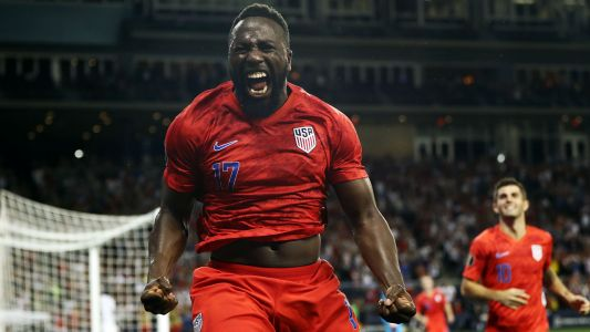 Jozy Altidore makes his case with winner to help USMNT top Gold Cup group